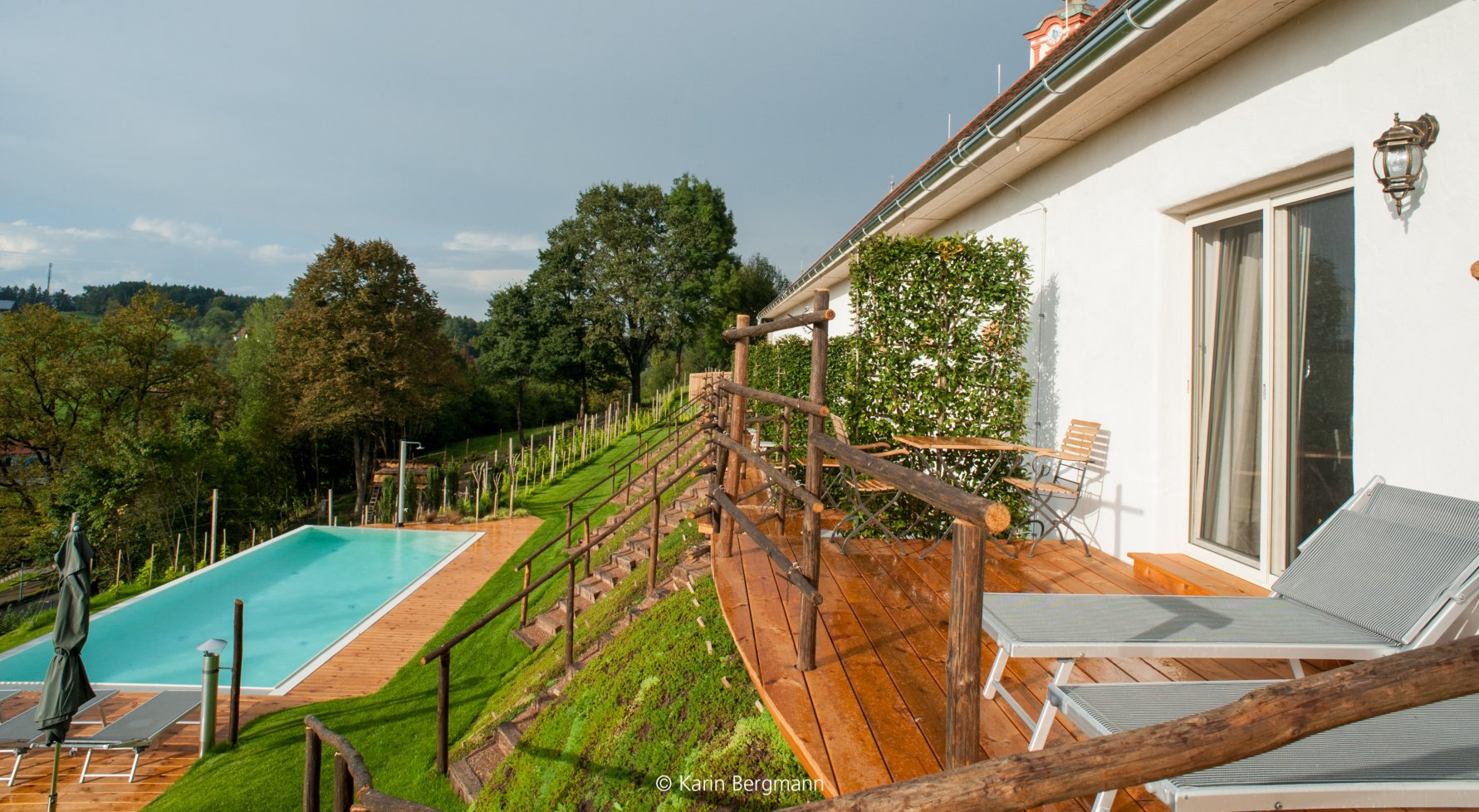 Property in   Südsteiermark: REVITALIZED PROPERTY FOR ENTHUSIASTS IN THE SOUTH STYRIA/SAUSAL - picture 1