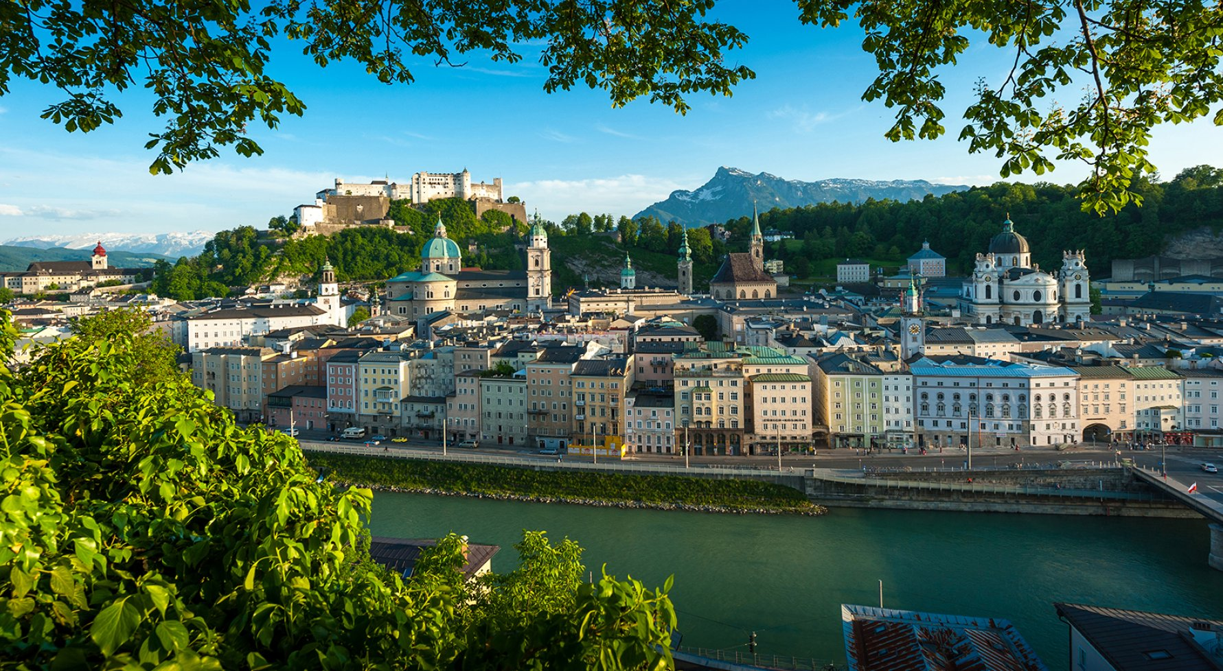 Property in 5020 Altstadt Salzburg: Heaven over Salzburg! Enjoy hours of sunshine in absolute residential rarity - picture 1