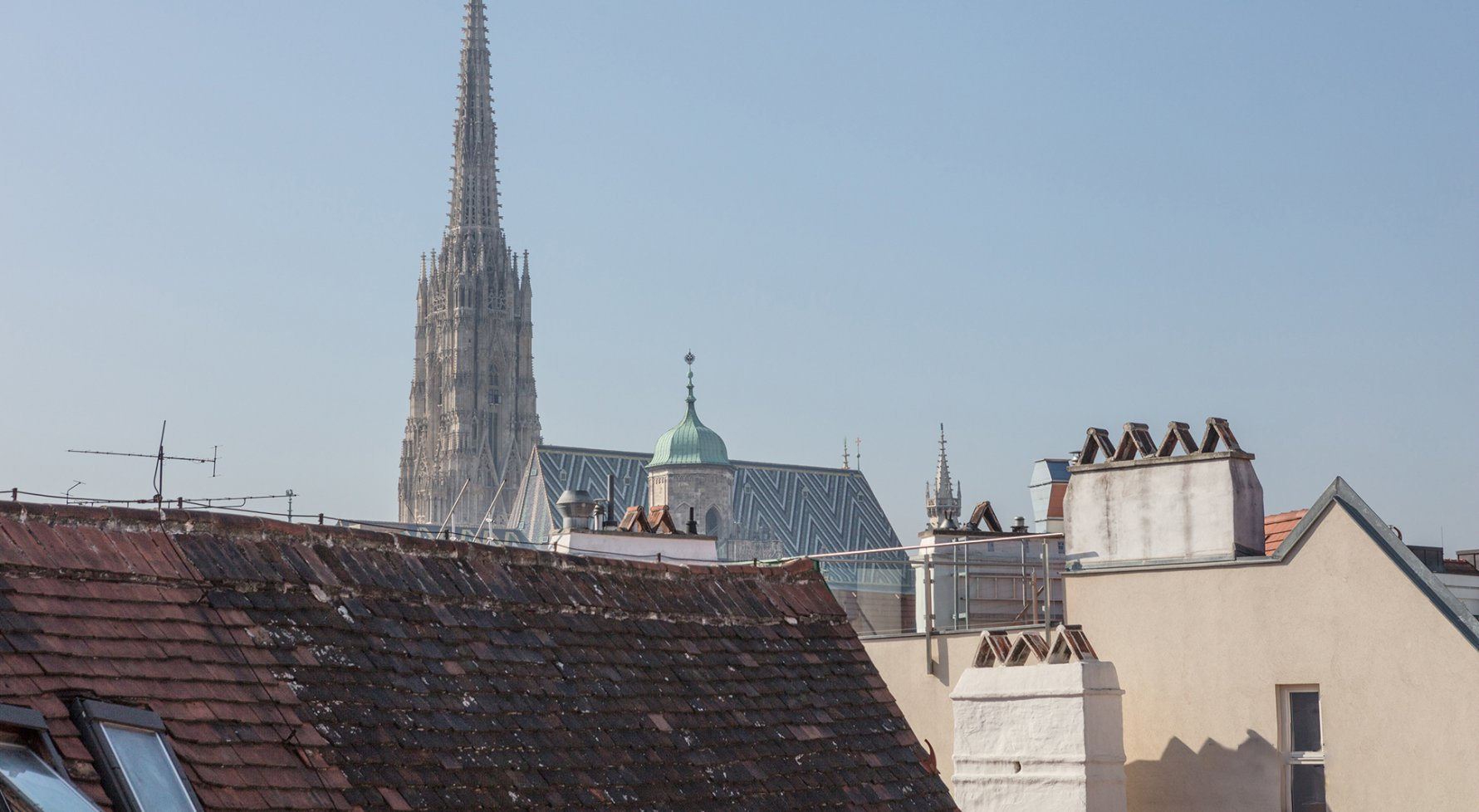 Property in 1010 Wien, 1. Bezirk: DELUXE CITY LIVING WITH VIEWS: Cosy roof-terrace apartment - picture 1