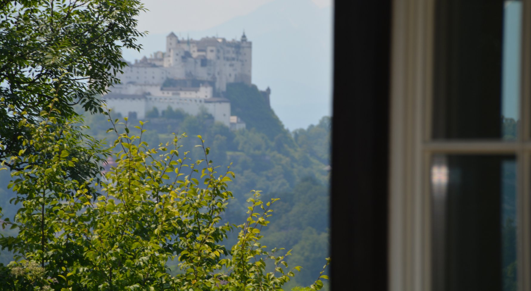 Property in 5020 Salzburg: unobstructed panoramic location with breathtaking enjoyment views! - picture 1