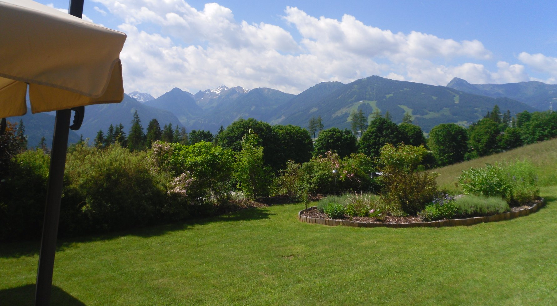 Property in 8972  Ramsau am Dachstein: RAMSAU AM DACHSTEIN: Country beauty overlooking the Planai - picture 1