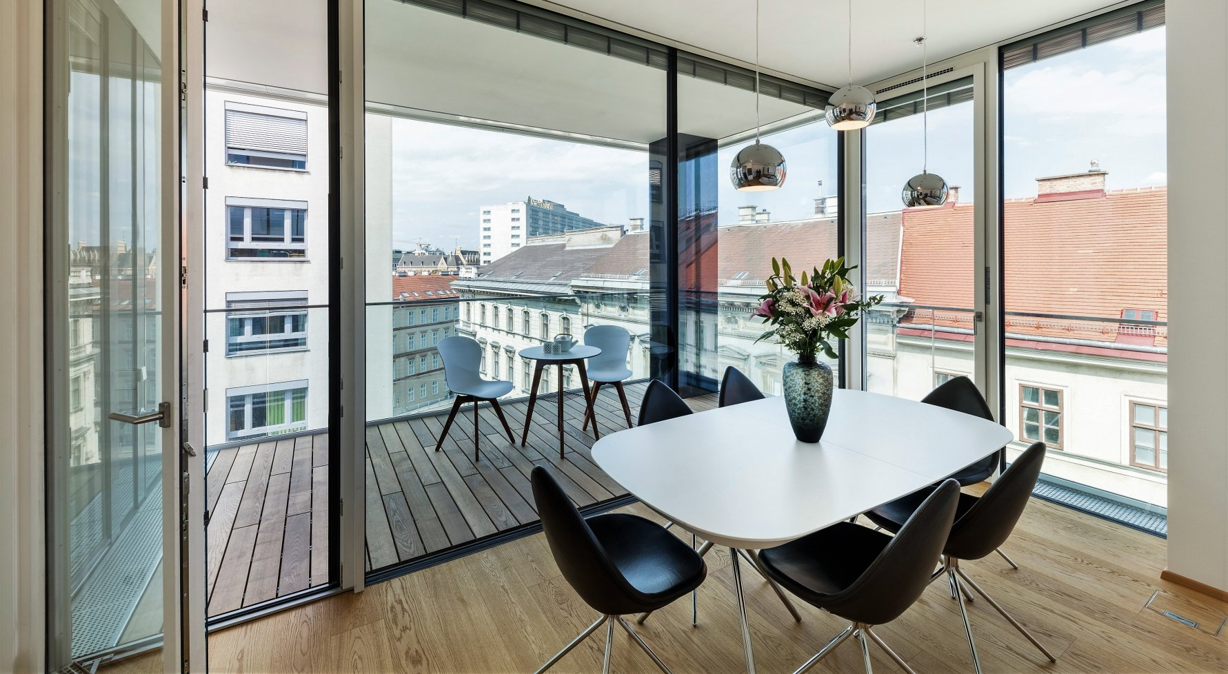 Property in 1030 Wien, 3. Bezirk: Timeless Living: City apartment with all the refinements - picture 1