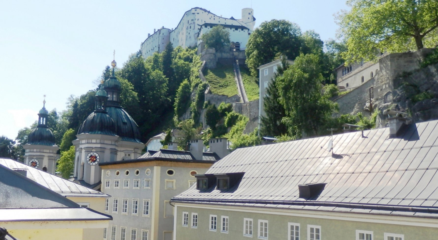 Property in 5020 Salzburg - Nonntal: Home & history in your own old-town house! Living, swimming and enjoying life - picture 1