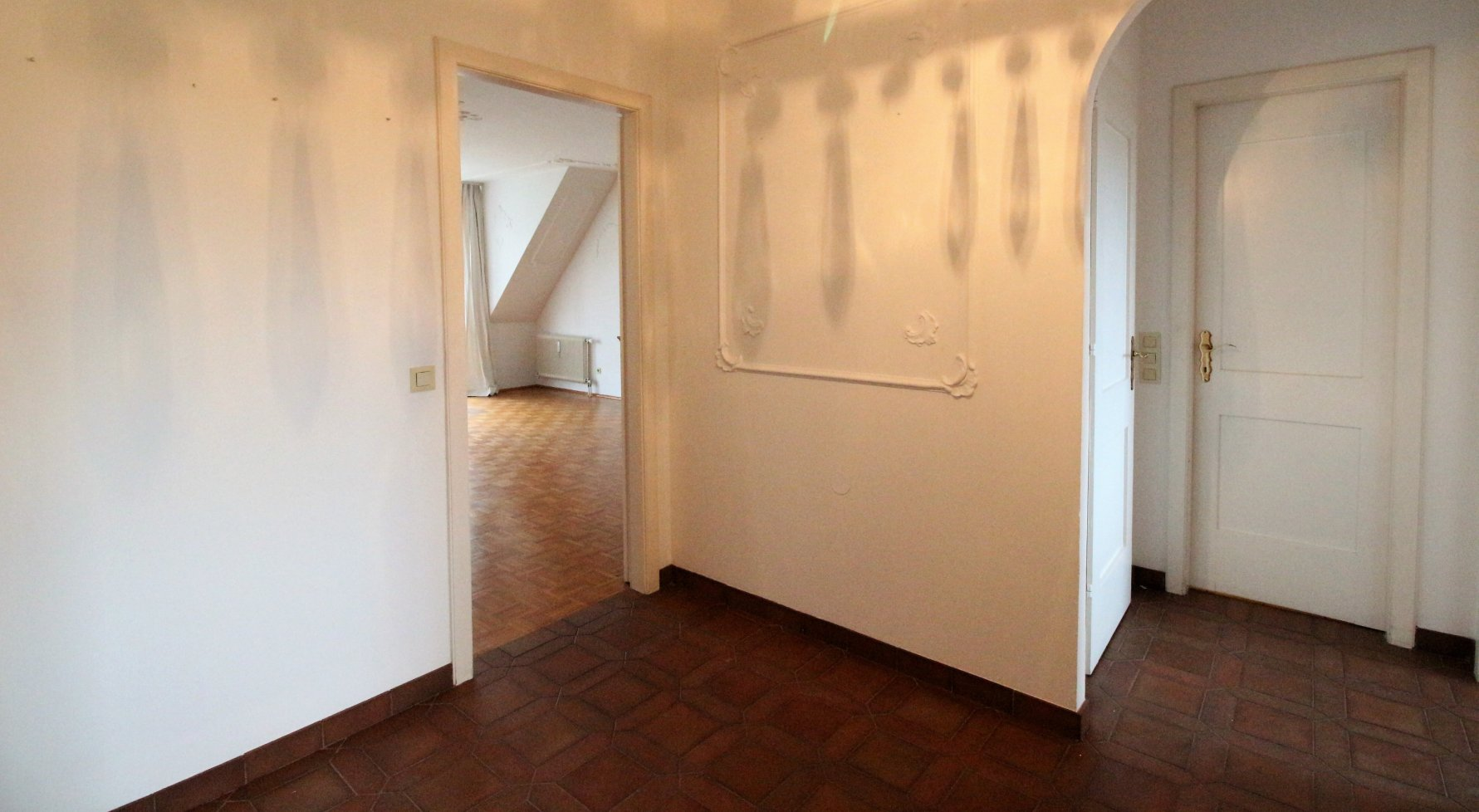 Property in 1190 Wien: AT THE HEART OF GRINZING, IN A QUIET PARK LOCATION!  - picture 1
