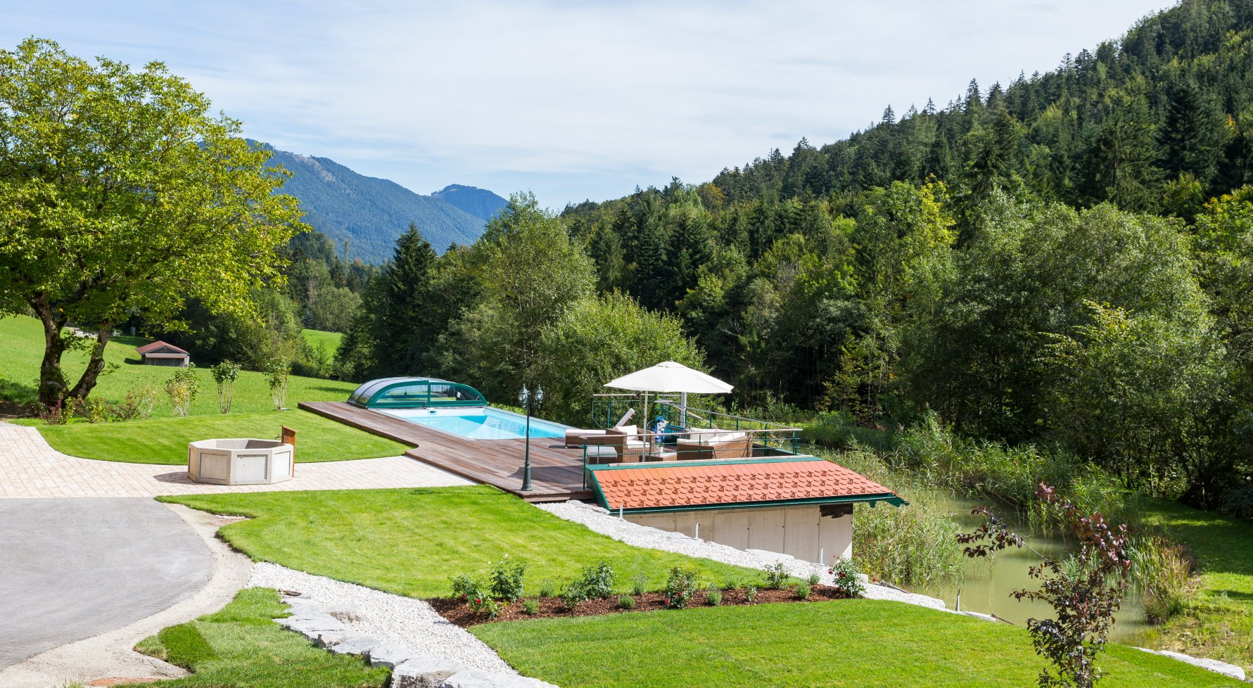 Property in 5020  Salzburg: Country property in a quiet location, in Salzburg surroundings - picture 1