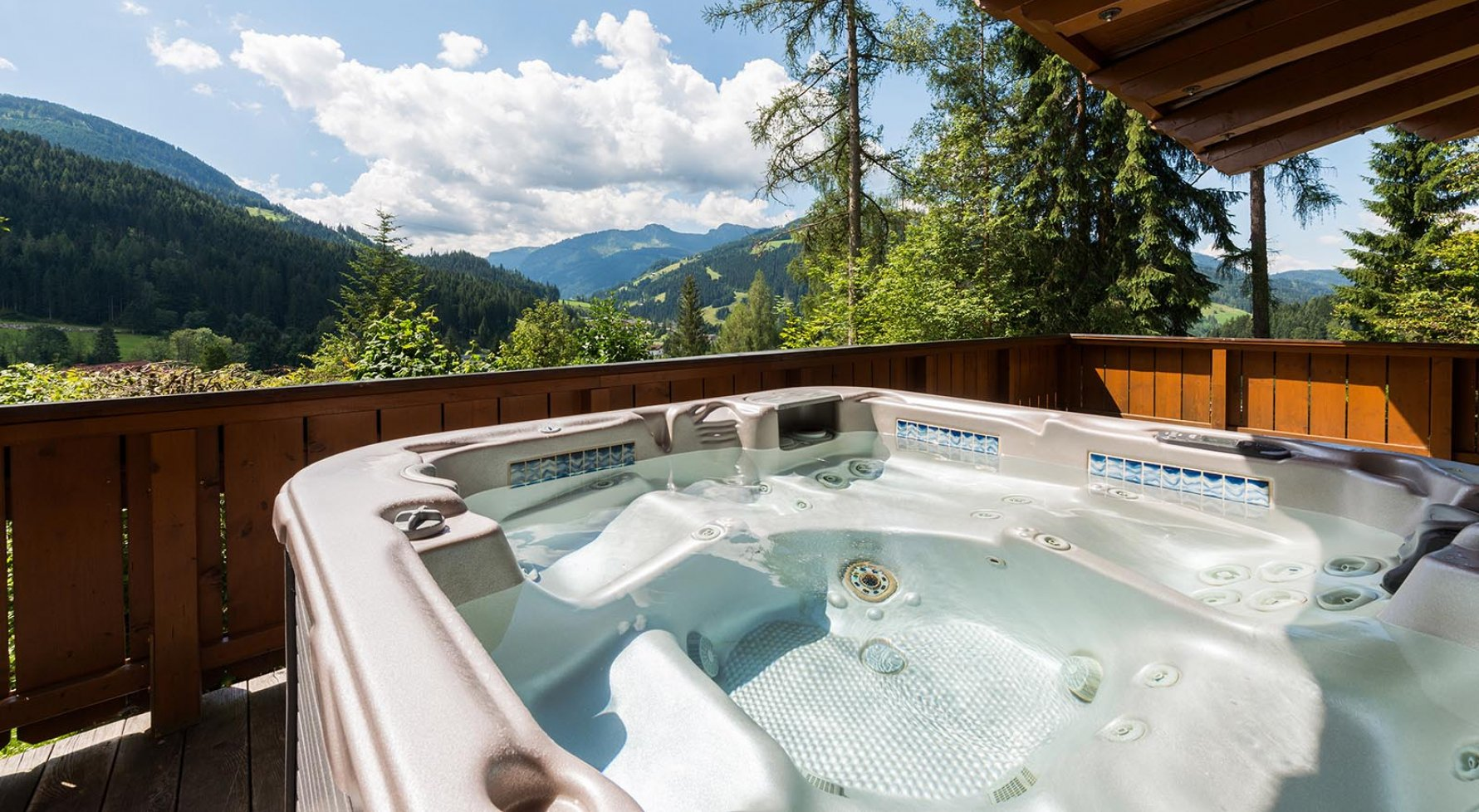 Property in 5602 Wagrain: Mountain Home Wagrain mit Einliegerapartment - picture 1