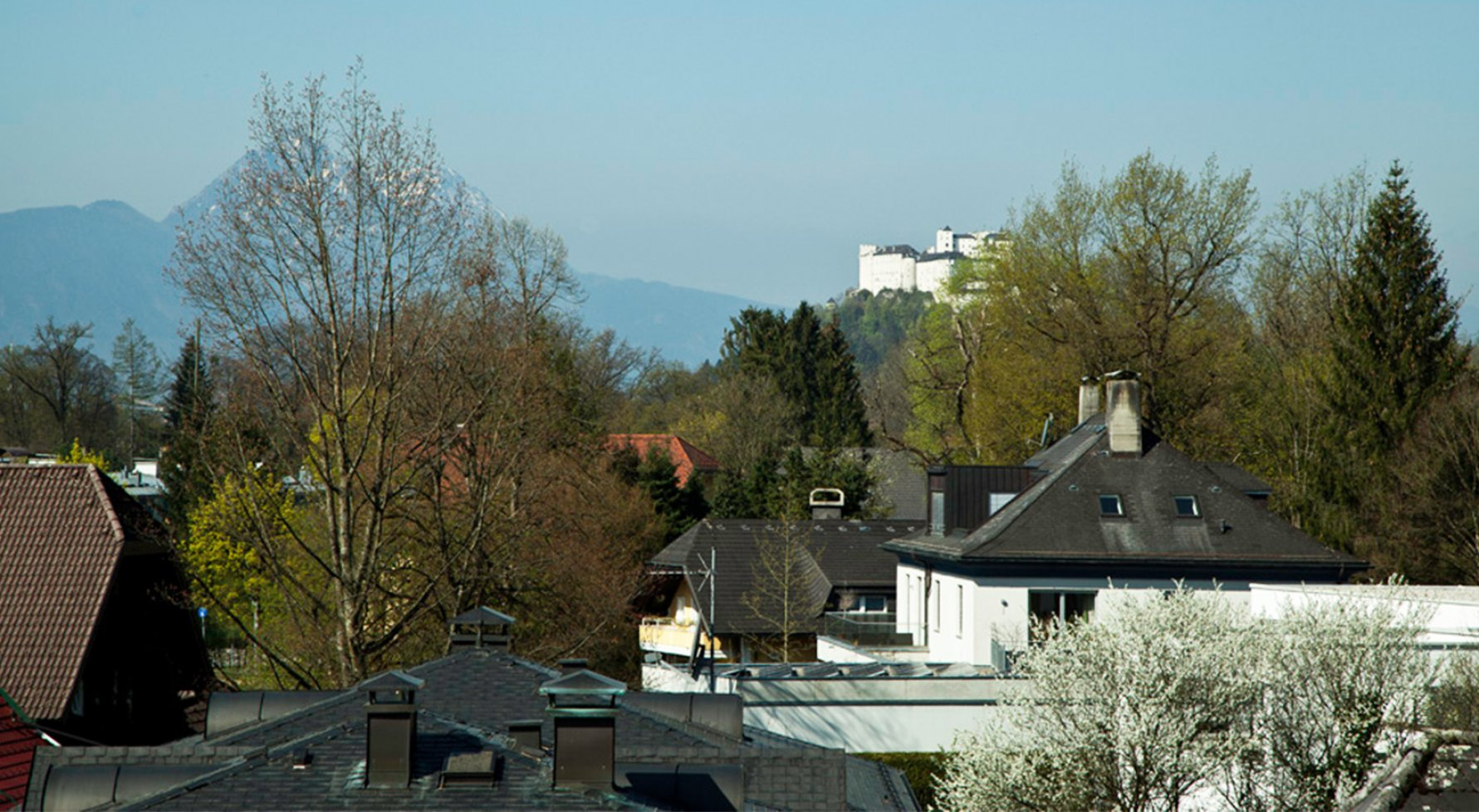 Property in 5020 Salzburg - Premium location Aigen: True greatness with panoramic views! Elegant gallery penthouse in a top location - picture 1