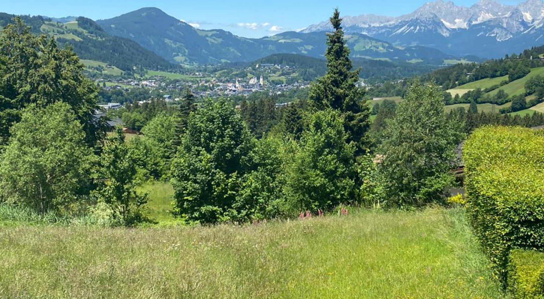 Property in 6370  Kitzbühel: PRIME LOCATION ON BICHLALM-Exclusive villa in panoramic position - picture 1
