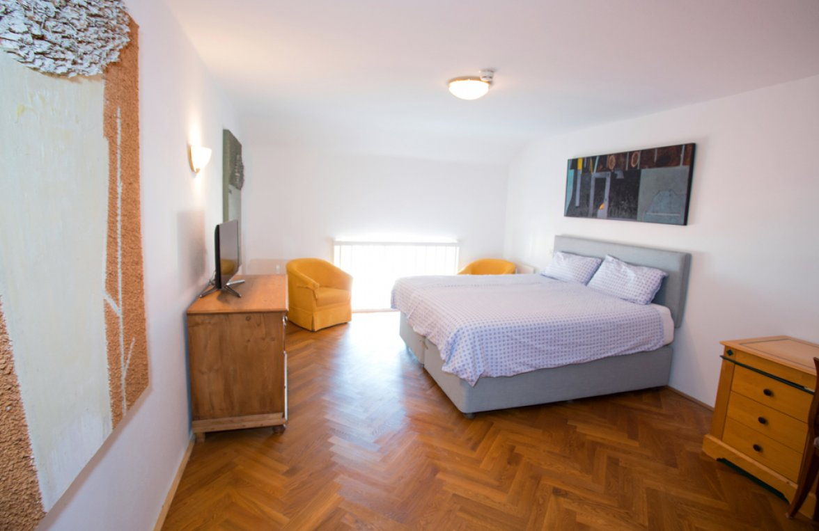 Property in 5310 Mondsee: Elegant living in a castle - with swimming area! Your second residence - picture 7