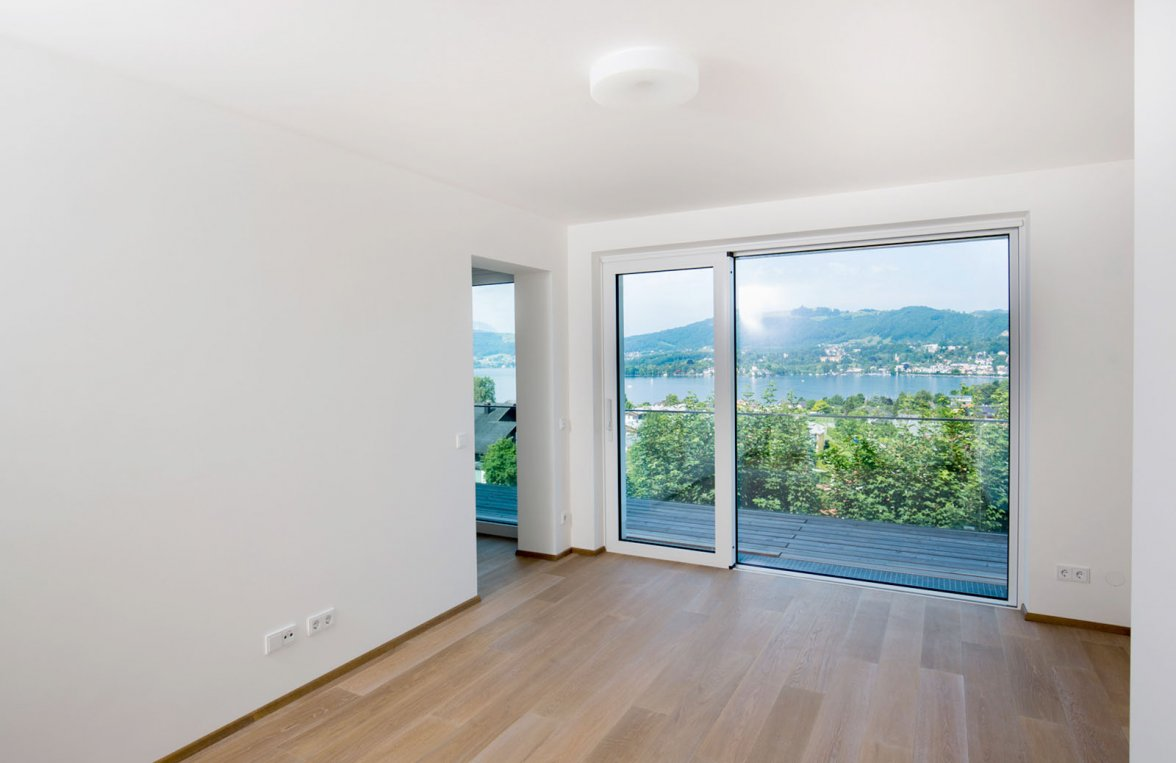 Property in 4810 Gmunden am Traunsee: Enjoy leisure time at your secondary residence! Space wonder with a large terrace  - picture 3