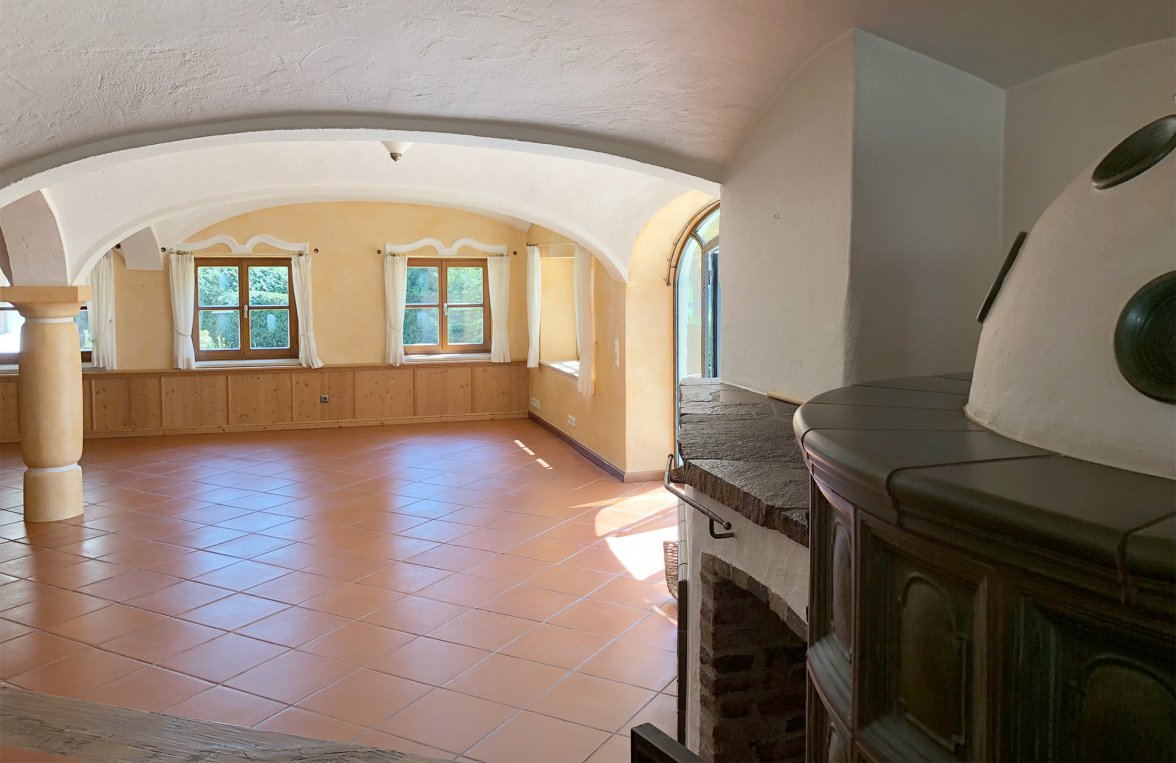 Property in 83043 Bad Aibling: Property with outbuildings and large park  - picture 5