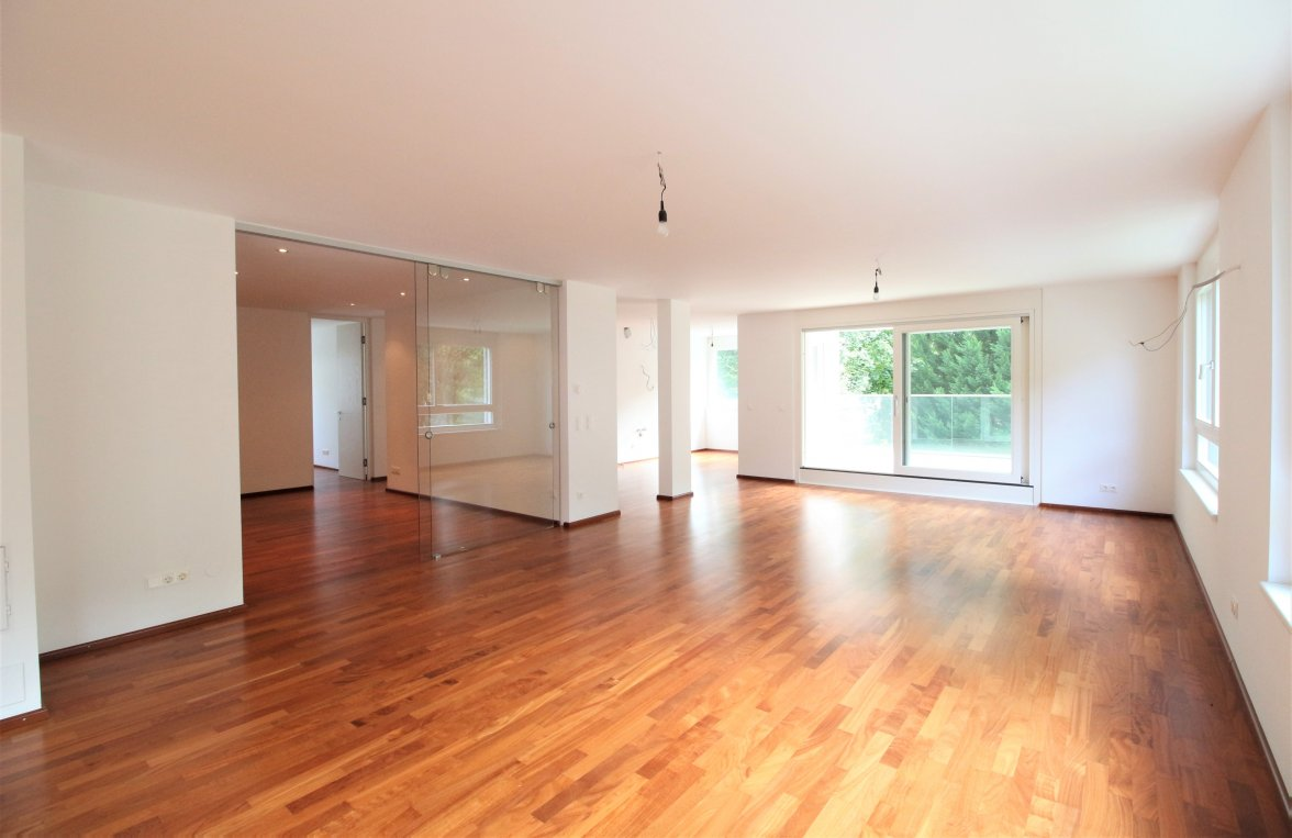 Property in 1180 Wien, 18. Bezirk: Nice cut! 210 m² living space on one level! - picture 1