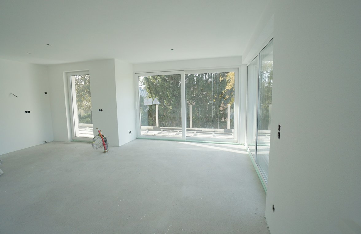 Property in 5020 Salzburg: Spring Awakening! 2-room garden apartment at the foot of the Plainberg! - picture 1