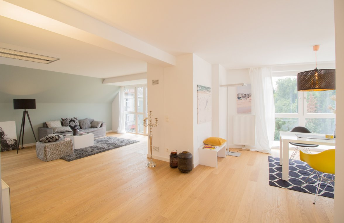 Property in 1180 Wien, 18. Bezirk: PENTHOUSE APARTMENT FLOOR IN THE 18th DISTRICT IN A QUIET LOCATION - picture 2