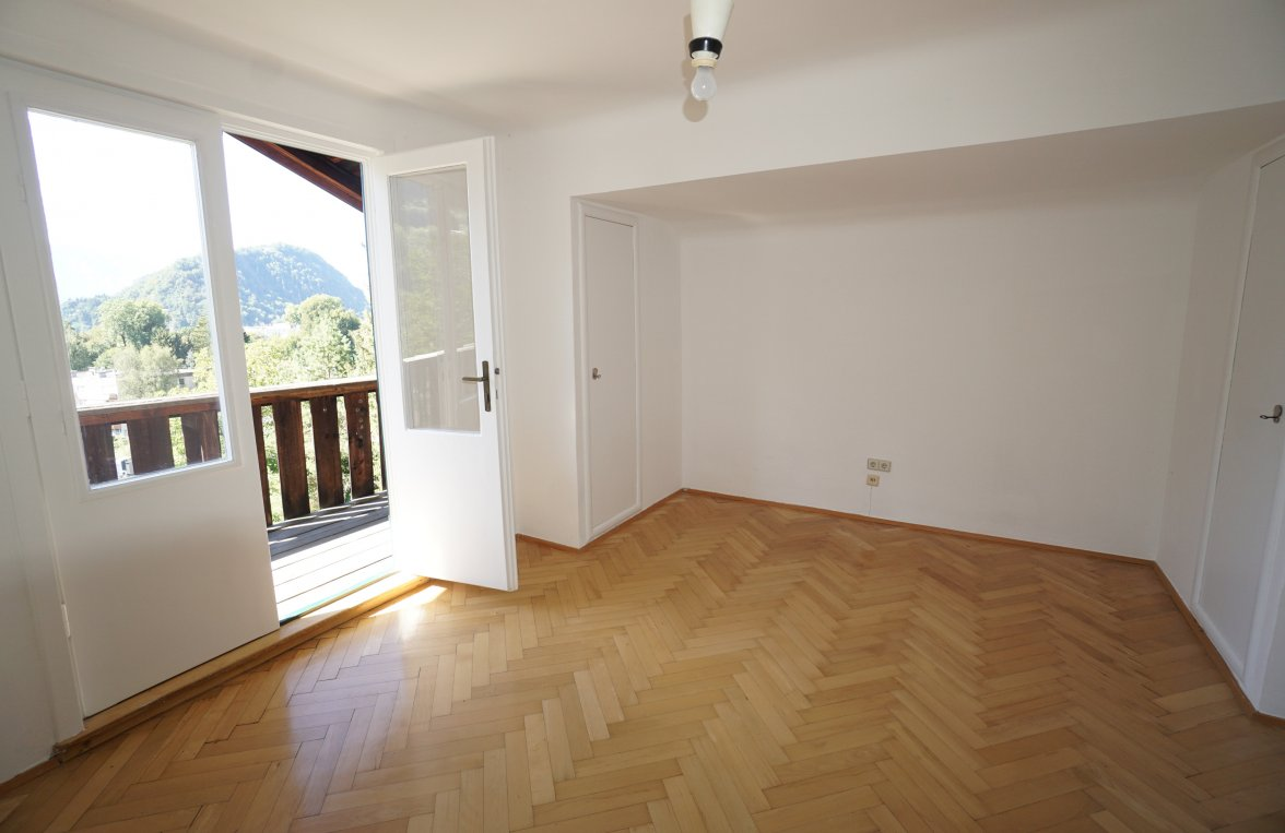 Property in 5020 Salzburg - Gnigl: Extremely spacious town house with a sought-after view of the city! - picture 5