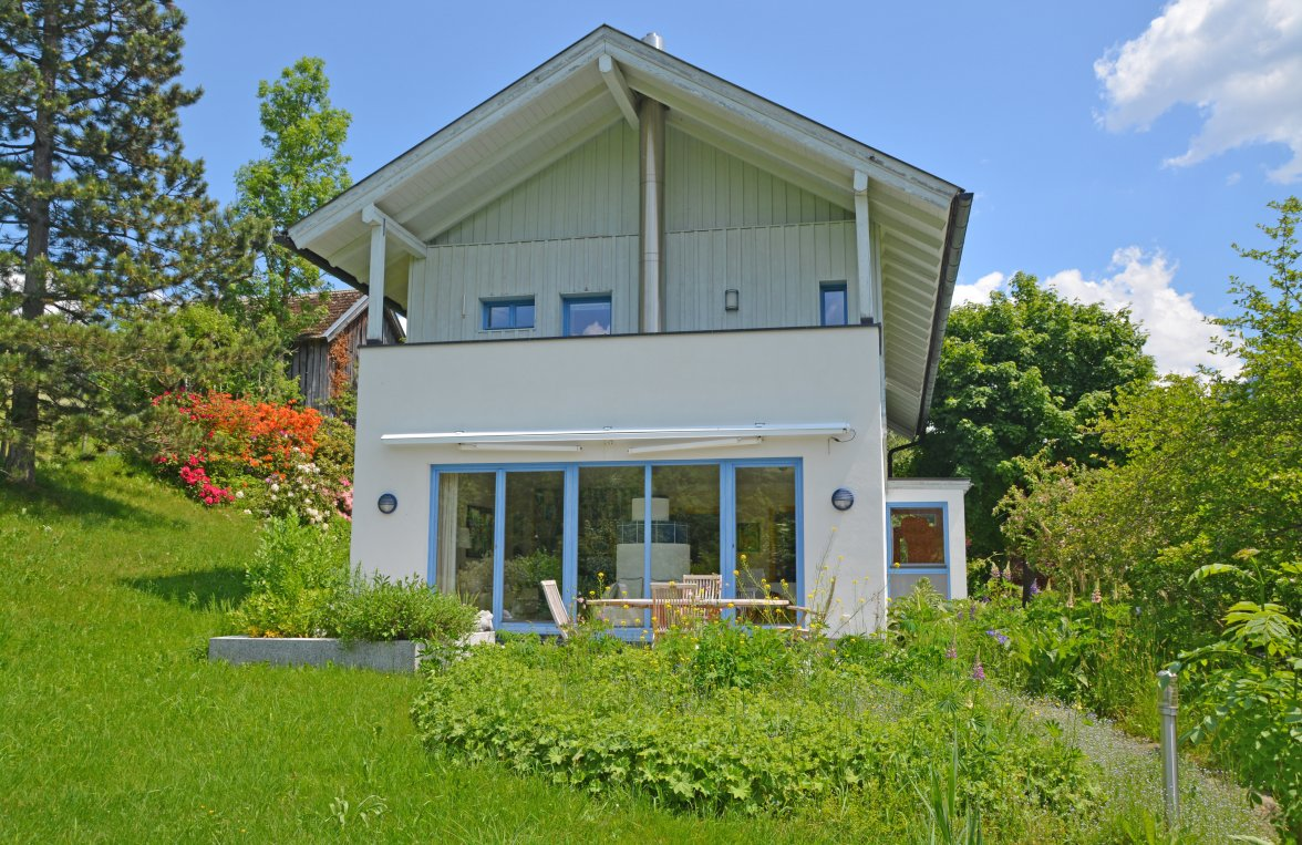 Property in 5622 Goldegg: Live the outdoors, indoor! Stylish detached house with bright garden delight - picture 1