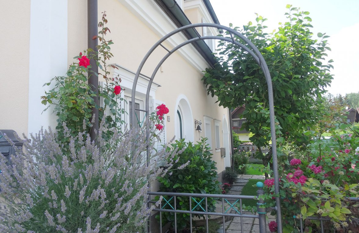 Property in 5020 Salzburg - Maxglan: Bring the sunny south home! Family house in Mediterranean style and pool - picture 6