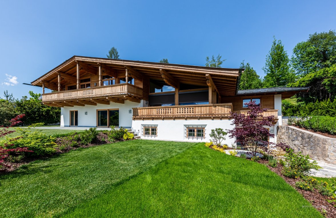 Property in 6370 Kitzbühel: Exclusive high-end villa for first-time occupancy - picture 2