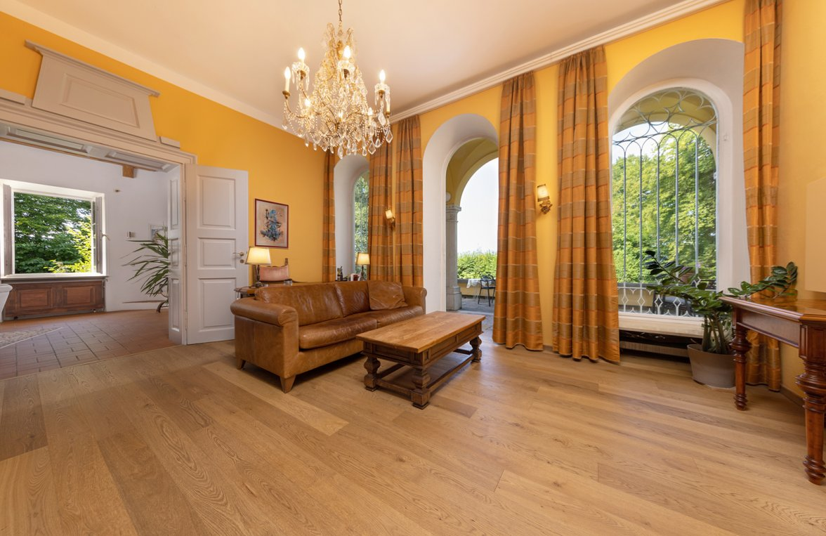 Property in 5020 Salzburg - Premium location Aigen: Villa with pool and history! Stately architecture in a noble location - picture 5