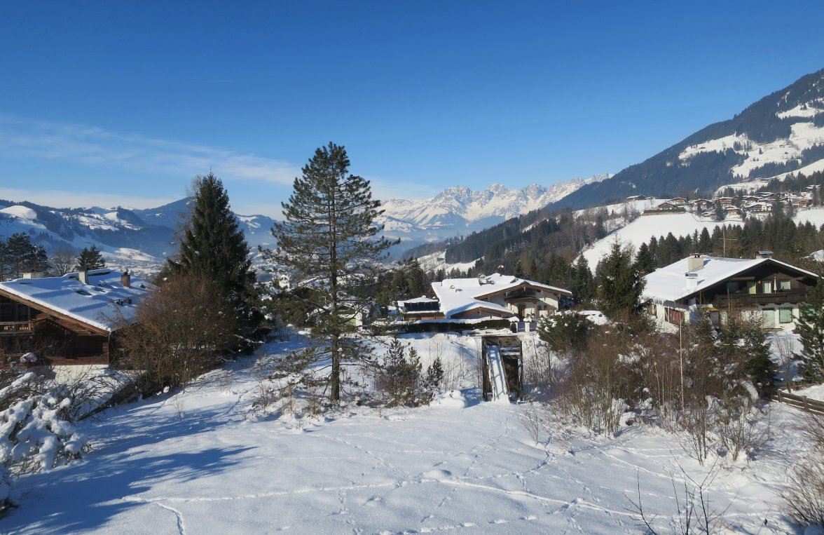 Property in 6370  Kitzbühel: PRIME LOCATION ON BICHLALM-Exclusive villa in panoramic position - picture 2