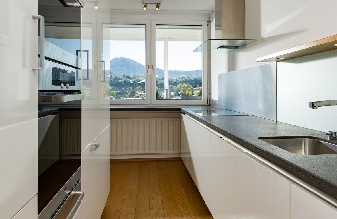 Property in 5020 Salzburg - Maxglan: A real star in the penthouse heaven! With an XXL roof terrace in an ideal central  - picture 2