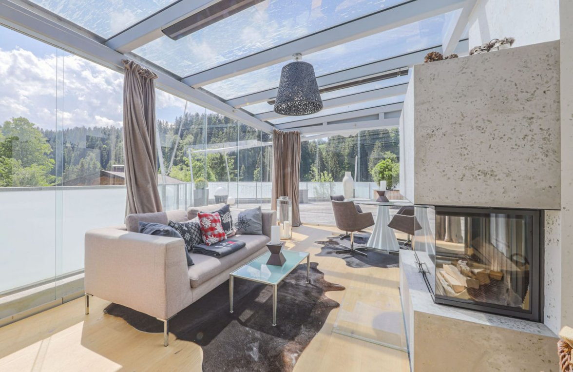 Property in 6370 Kitzbühel: Prime penthouse for those who love detail in a sunny panoramic position  - picture 3