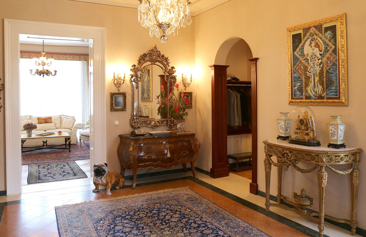 Property in 4820 Bad Ischl: Elegance of the highest class! Fairytale castle in the middle of the imperial city - picture 4