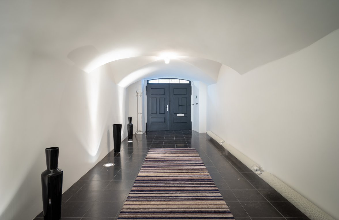 Property in 1010 Wien, 1. Bezirk: BAROQUE LIVING JEWEL IN THE HEART OF THE 1ST DISTRICT OF VIENNA - picture 8