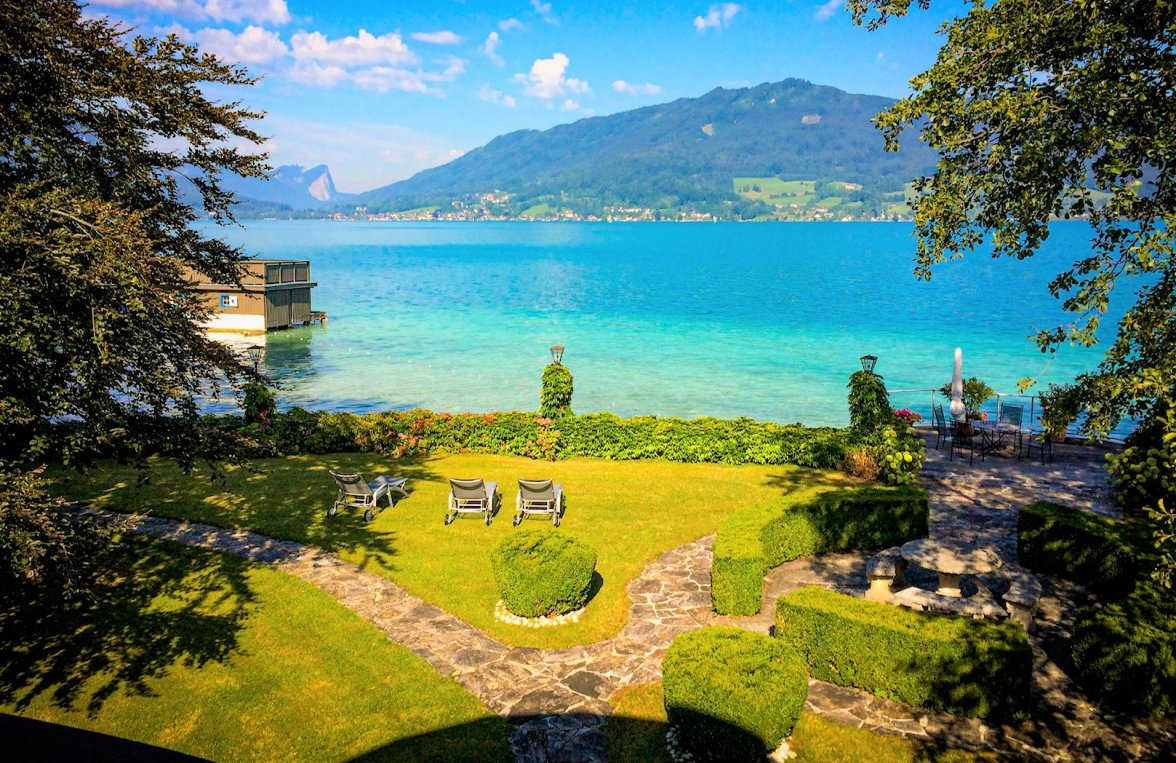 Property in 4853 Attersee - Salzkammergut: 90 meters of private shoreline! Refuge, including main builbuilding an much more - picture 5