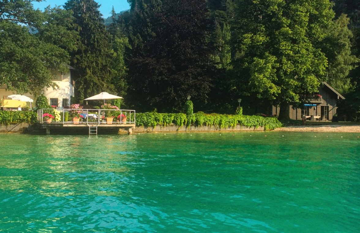 Property in 4853 Attersee - Salzkammergut: 90 meters of private shoreline! Refuge, including main builbuilding an much more - picture 6
