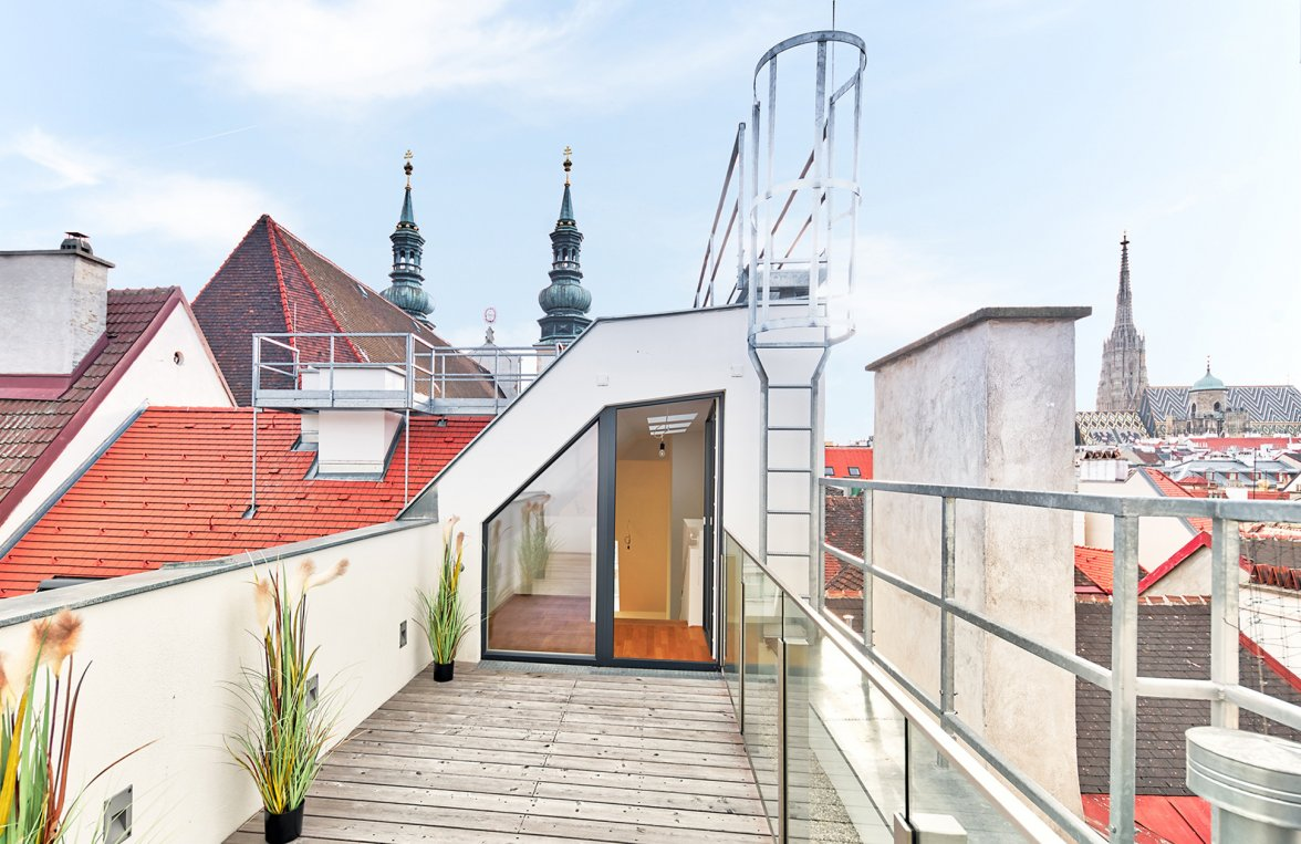 Property in 1010 Wien, 1. Bezirk: DELUXE CITY LIVING WITH VIEWS: Cosy roof-terrace apartment - picture 3