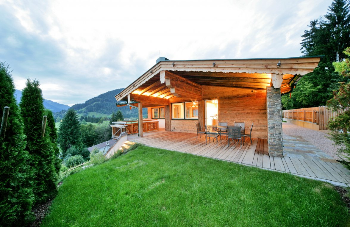 Property in 6370  Kitzbühel: Exclusive building with panoramic view for immediate purchase - picture 1