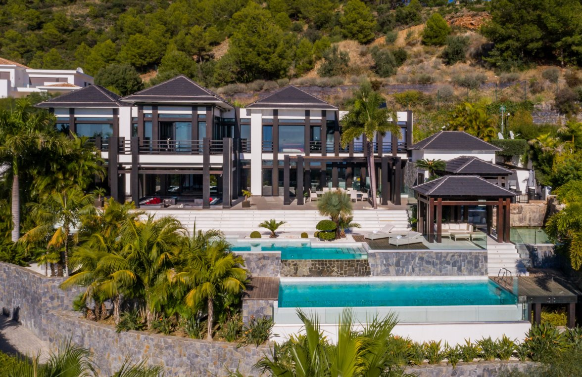Property in 29500  Marbella: Luxury property on the Golden Mile in Marbella - picture 8