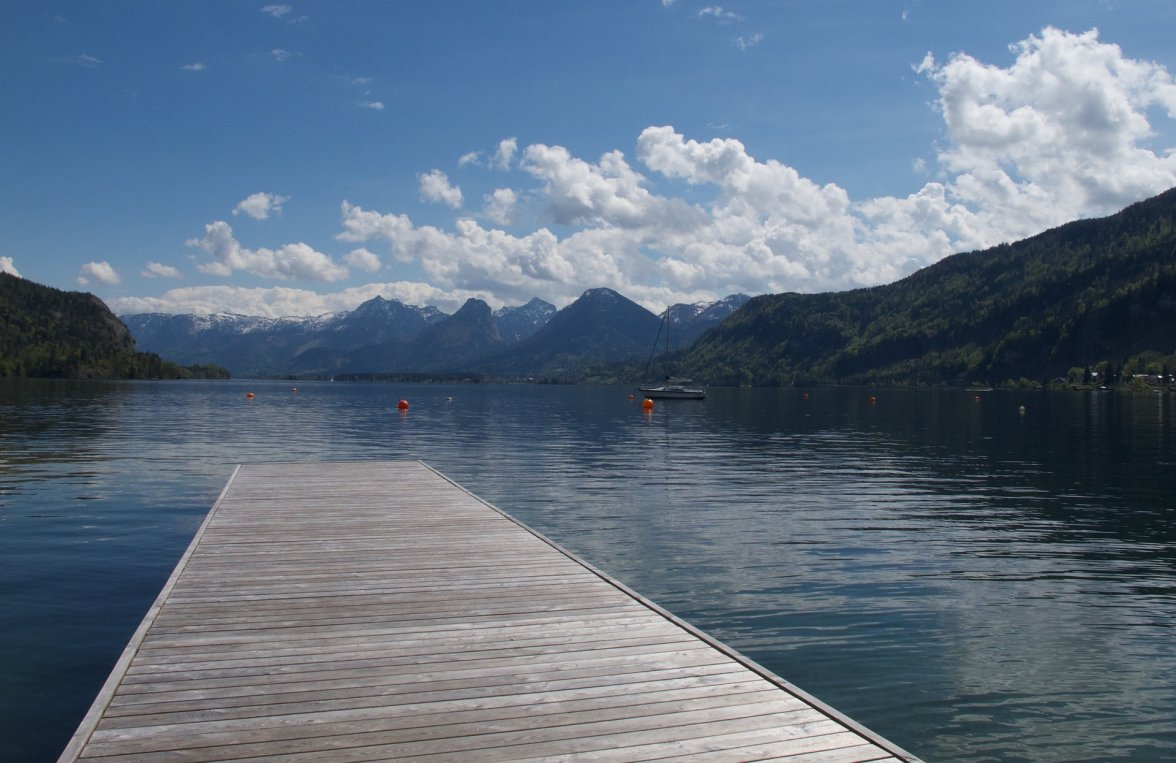 Property in 5360 St. Wolfgang am Wolfgangsee: Salzkammergut holiday style! Right on Lake Wolfgangsee with access to the lake! - picture 5