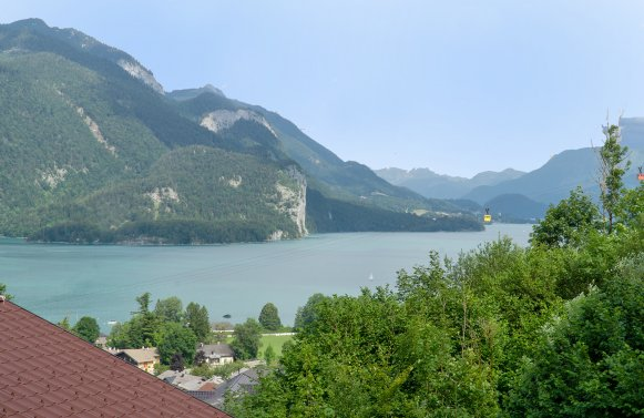Property in 5340 St. Gilgen: A feeling of freedom ... Stylish villa with unobstructed Lake Wolfgang views