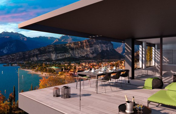 Property in 38069 Torbole sul Garda: Who needs curtains on such a view? Lifestyle with large terrace
