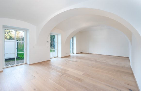 Property in 1190 Wien, 19. Bezirk: BREATH THE IMPRESSIVE HISTORY...a real estate property that speaks for itself!
