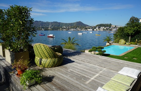 Property in 4810 Gmunden am Traunsee: LUXURY REFUGIUM DIRECTLY ON THE TRAUNSEE!