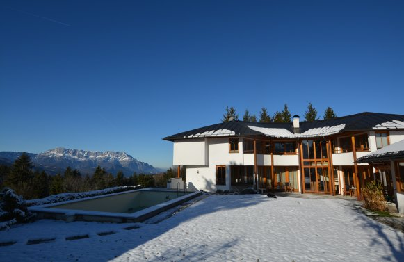 Property in 5423 St. Koloman : Uplifting in a panoramic position! Architect's villa with 360° view