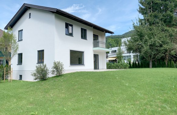 Property in 5020 Salzburg - Aigen: Popular residential classic! Newly renovated detached house for first occupancy