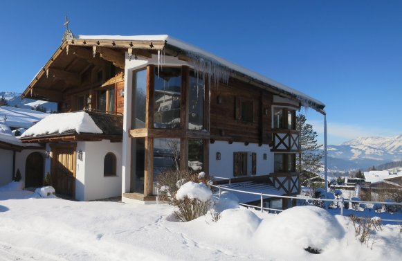 Property in 6370  Kitzbühel: PRIME LOCATION ON BICHLALM-Exclusive villa in panoramic position