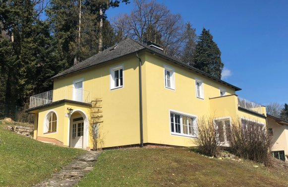 Property in 5020 Salzburg: STYLISH POPULAR LOCATION AT ARENBERG - Villa with view and feel-good character!