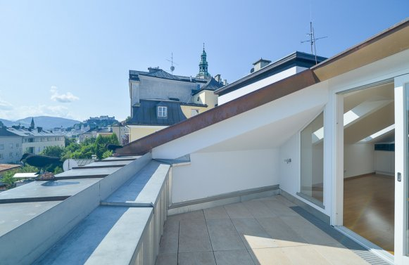 Property in 5020 Salzburg - Mülln: Light-flooded 172 m² luxury apartment with fantastic panoramic city views