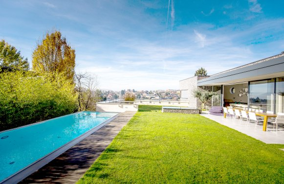 Property in 8042 Graz: A villa for all who don't save on their quality of life