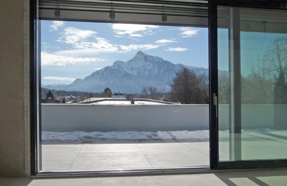 Property in 5020 Salzburg - Morzg: Everything speaks for a living in Morzg!  Refined, spacious living experience