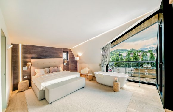 Property in 6370 Kitzbühel: Prime penthouse for the highest demands in the middle of Kitzbühel!!!