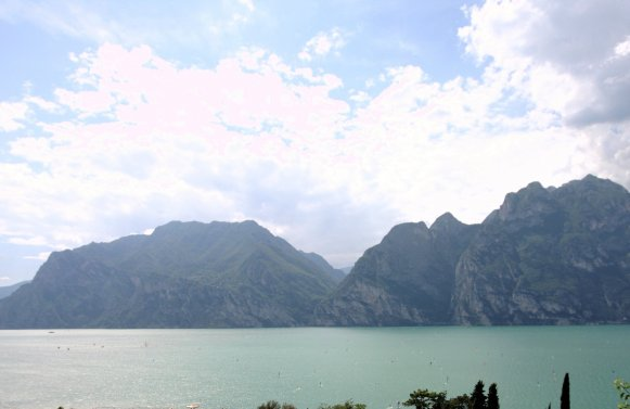 Property in 38069 Torbole sul Garda: To dream ... you can find peace and quiet