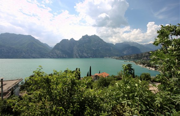 Property in 38069 Torbole sul Garda: Do not save on your quality of life: irreplaceable new construction project