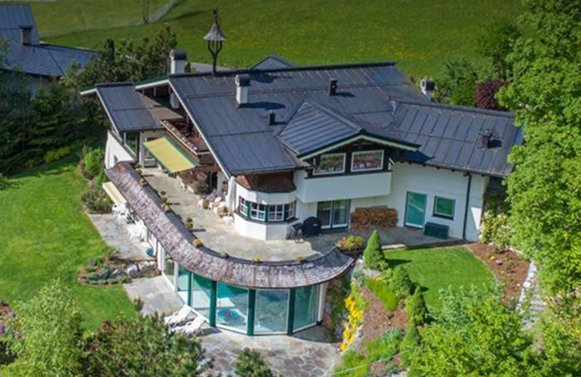 Property in 6370 Kitzbühel - Sonnberg: Panoramic point in Kitzbühel! Country house villa in a panoramic location
