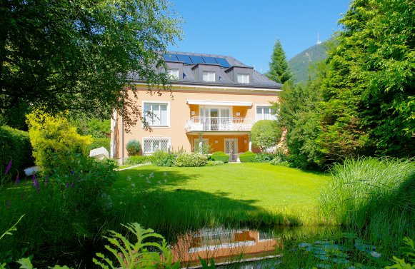 Property in 5020 Salzburg - Parsch: Traditional style villa - completely renovated with exclusive interior